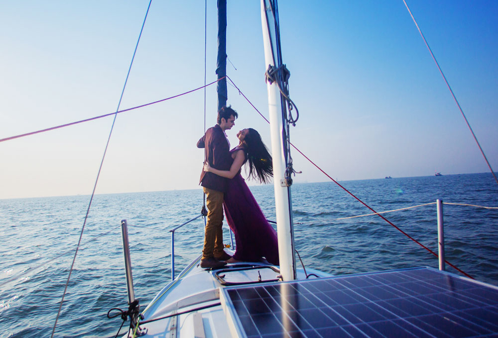 Celebrate Love Anniversary on a Yacht in Mumbai