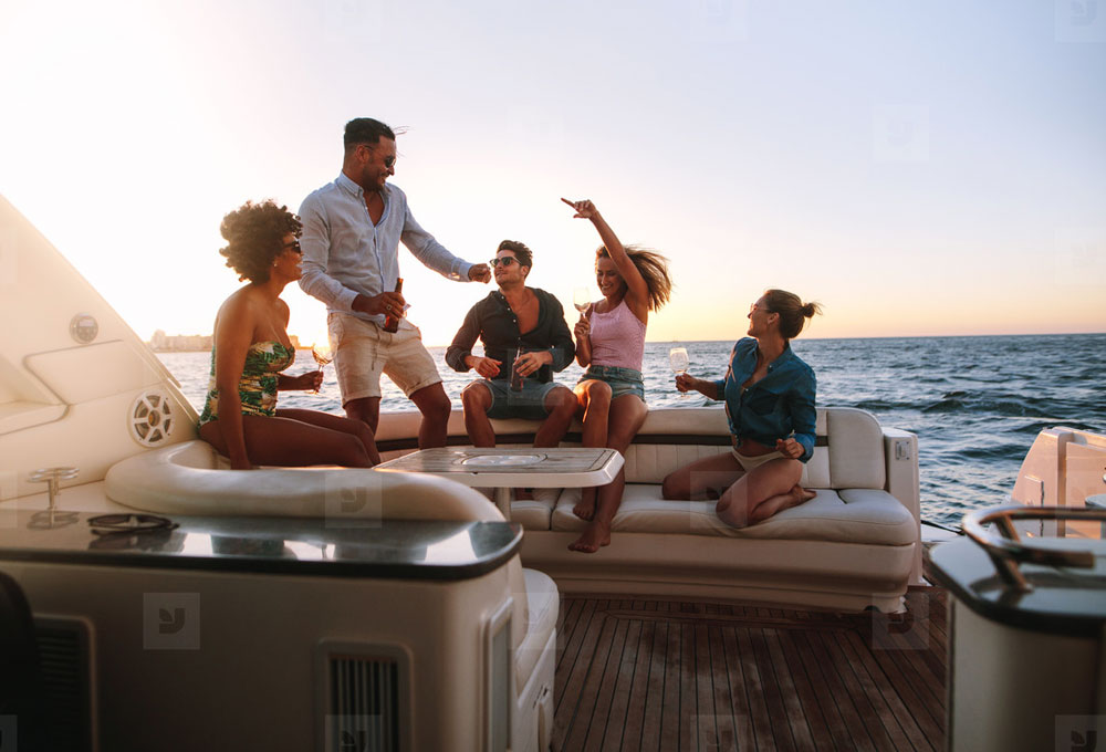 Get Together on a Yacht in Mumbai